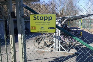 STOR Varningsskylt STOPP, cyklar, barnvagnar mm